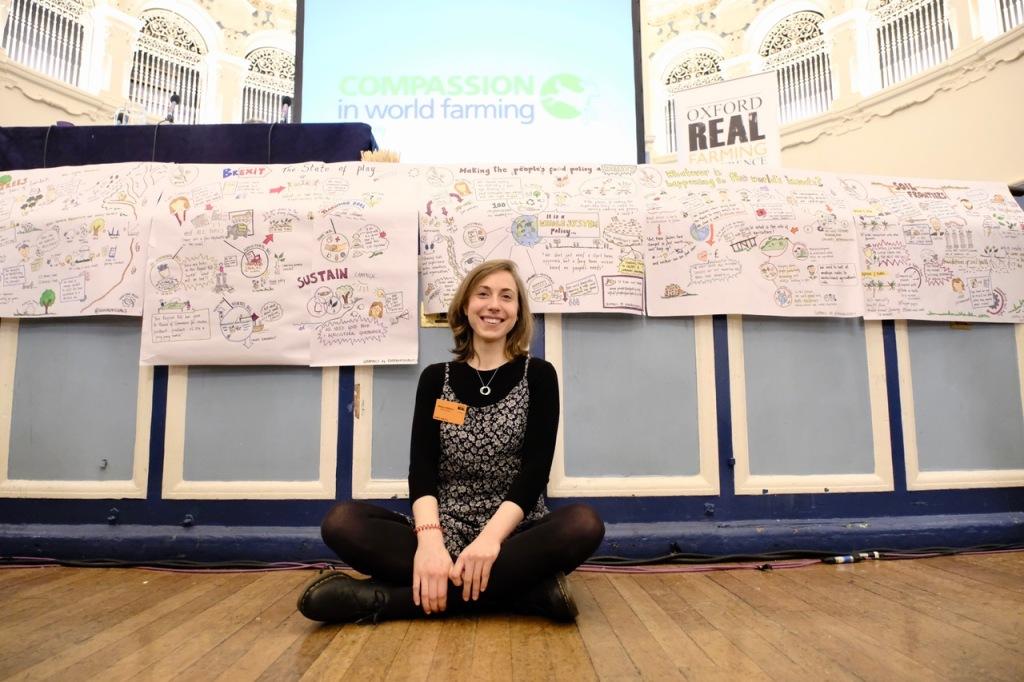 Rebecca at the Oxford Real Farming Conference 2019, providing live graphic recording